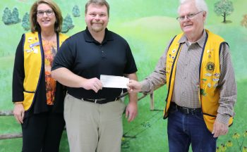 Etowah Lions Club presents check