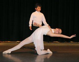Hendersonville Ballet students