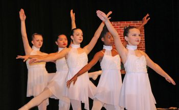 Dancers with Hendersonville Ballet